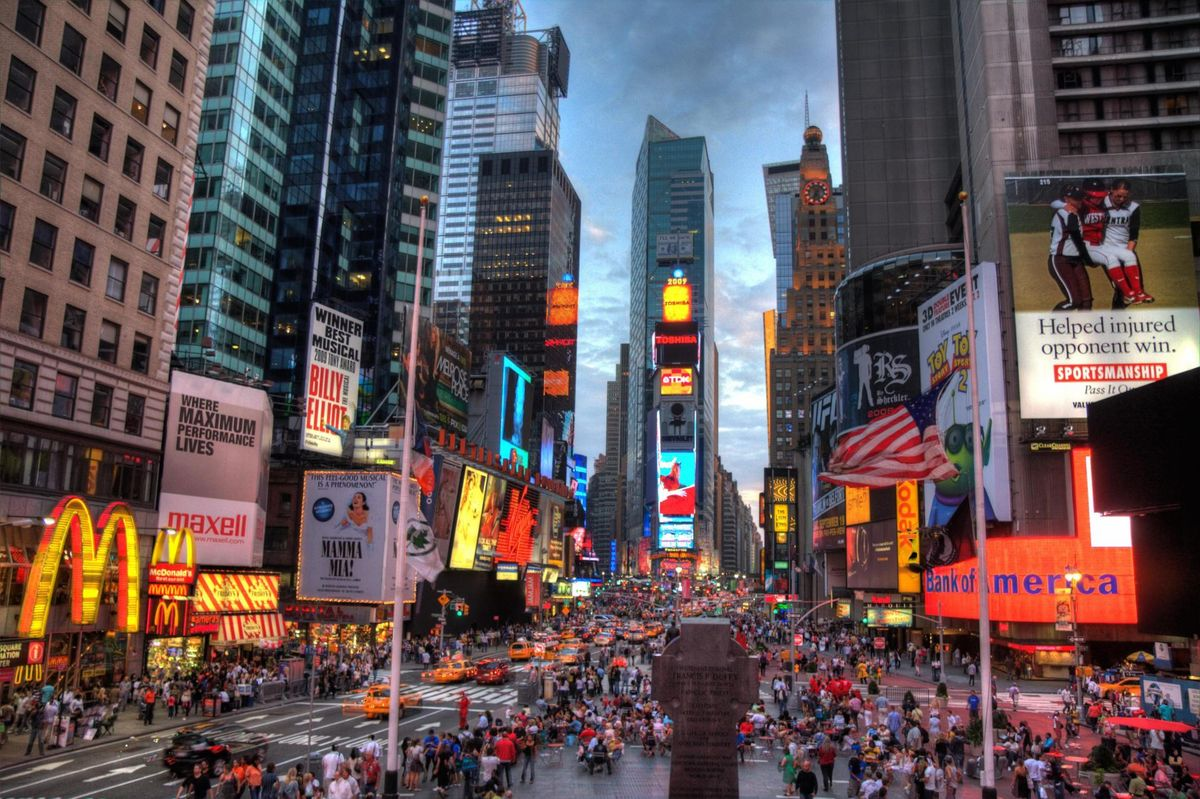 Times Square Pins Hopes Of Comeback To Retailers Relying On Dense Experiences
