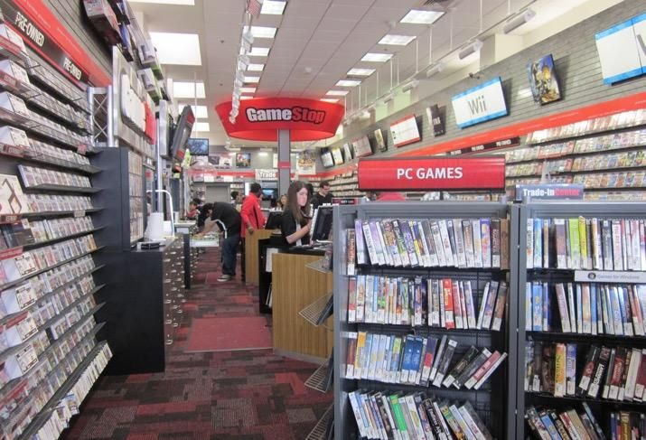 Gamestop To Close 200 Stores Revamp Brand Around In Store Gaming