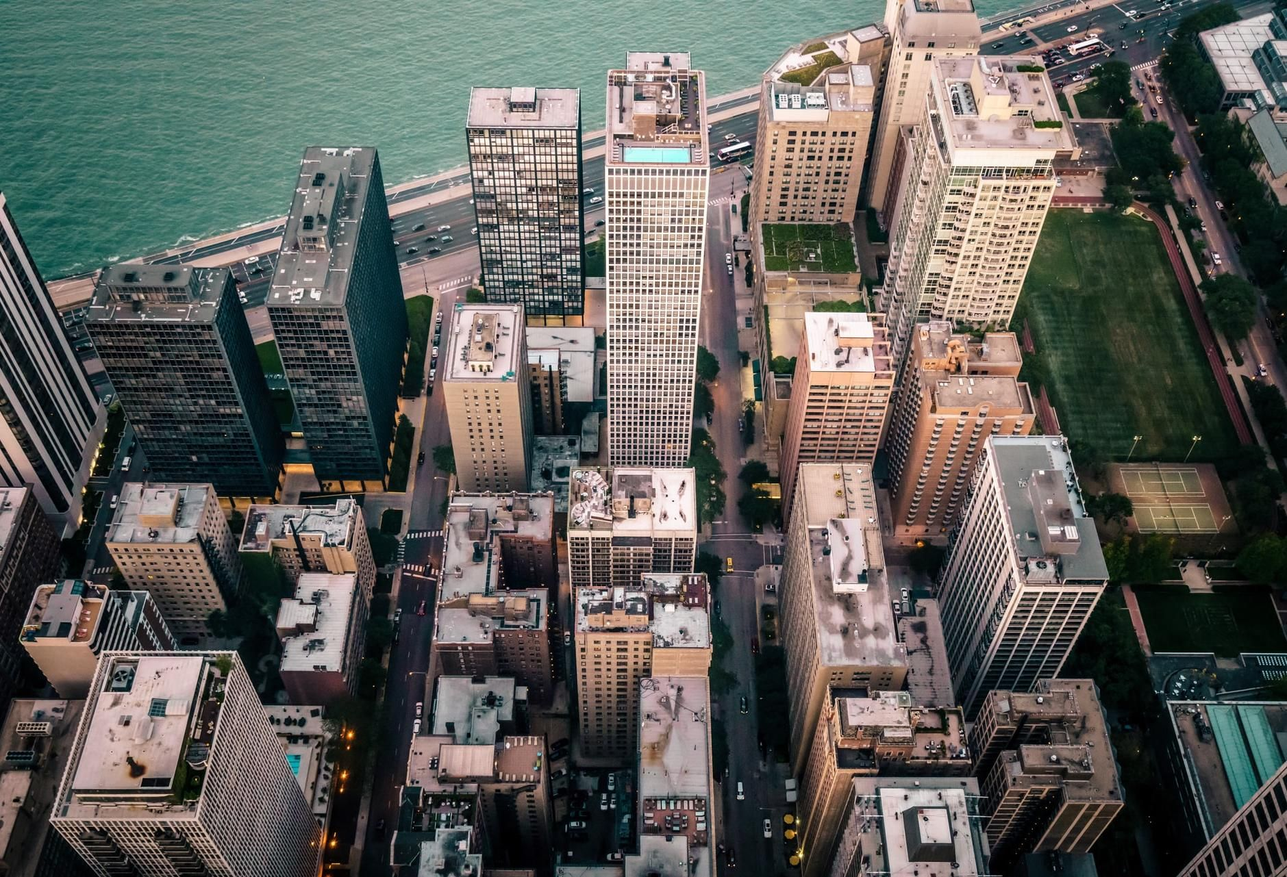 What 30 Years Of Data Says About Investing In Chicago Multifamily