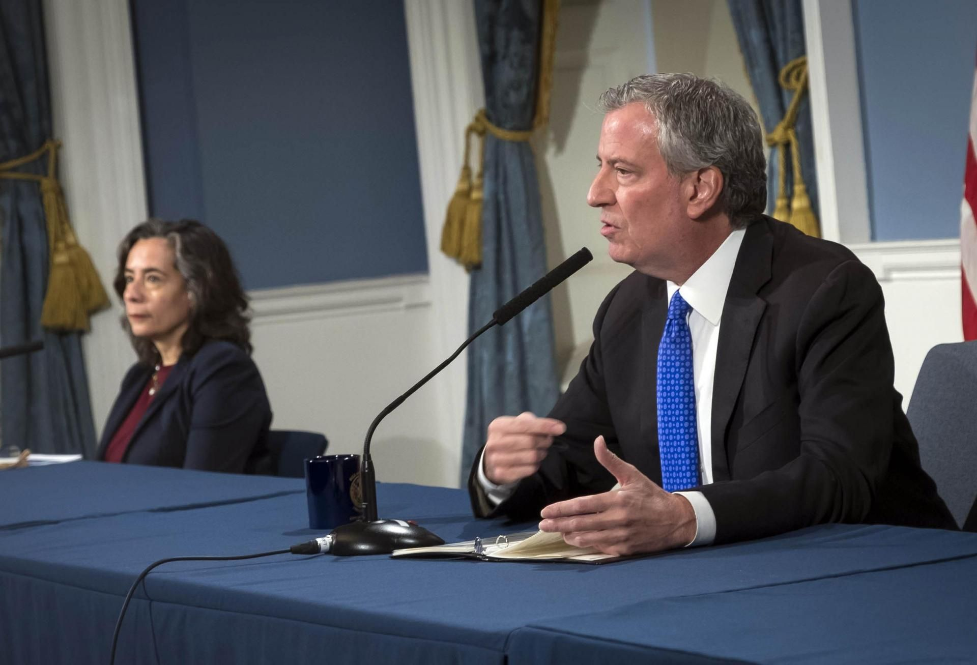De Blasio Plans To Use 6,000 Vacated Hotel Rooms As Homeless Shelters