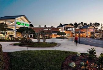 Blackstone Sells Shopping Centers for $512M