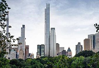 The Tallest Building in the Western Hemisphere Sheds Its Spire