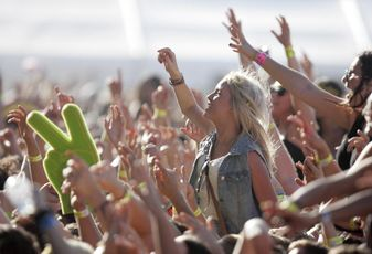 Nordstrom Targets Millennials At Festivals