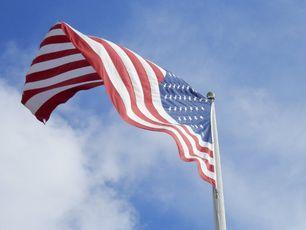 US flag, US economy, VISAS, visa, EB5, H1B
