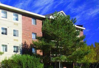 Clover Creek Apartments, Lombard, Ill.