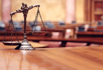 legal law scales
