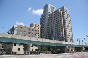 Blackstone Pays $325M For East Cambridge Apartment Complexes