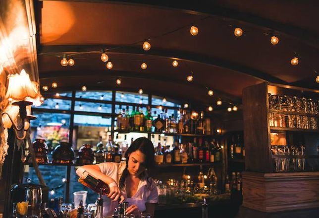5 Networking Bars in 2015's Hottest New 'Hoods