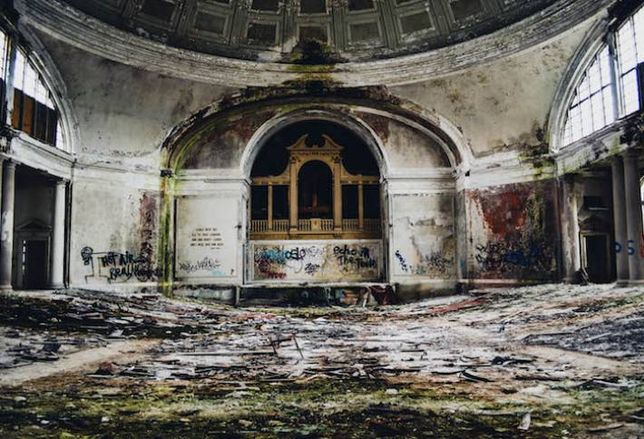 Mysterious Chicago Property: St. Stephen's Church