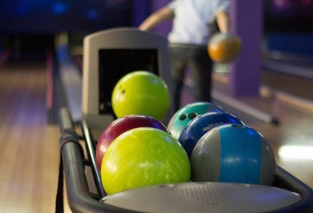 Streeterville's Latest Trend: Bowling