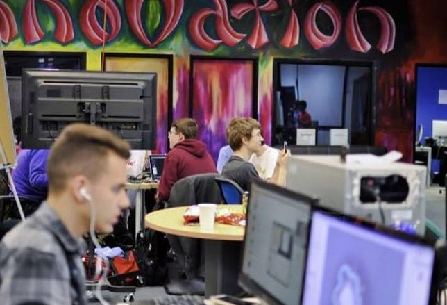 7 Hot Chicago Co-working Spaces