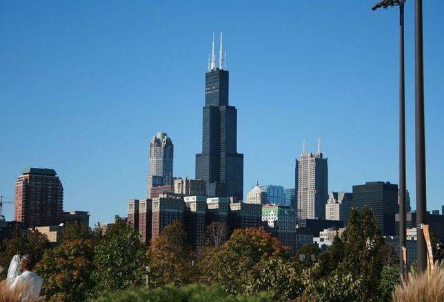 Blackstone Drops Record $1.3B on Chicago's WIllis Tower