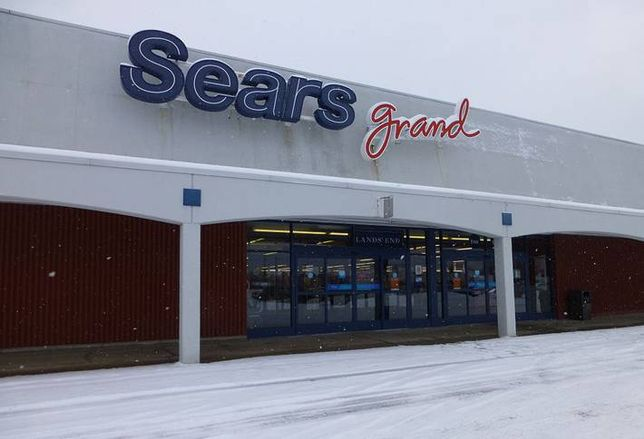Sears Expects $2.5B Real Estate Sale
