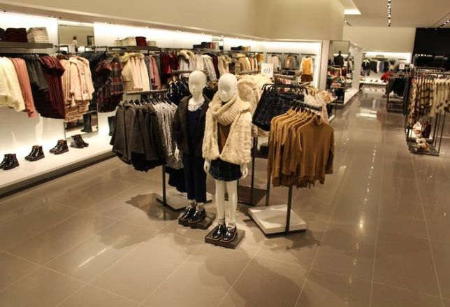 Zara Reopens Expanded Store at CF Toronto Eaton Centre