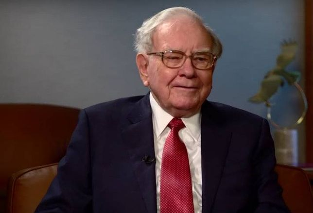 Sears REIT Soars After Revealing Warren Buffett's a Shareholder