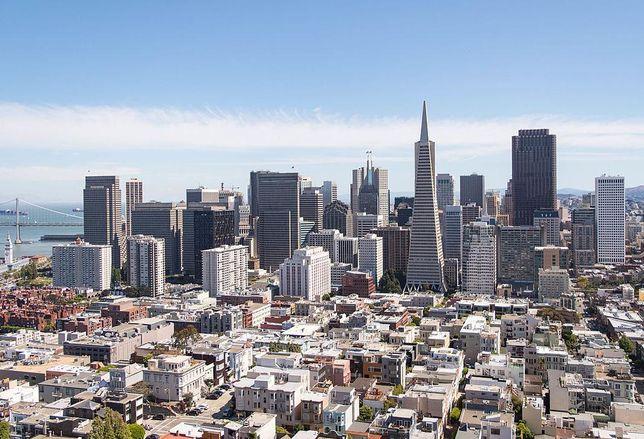 San Francisco skyline credit: By Supercarwaar