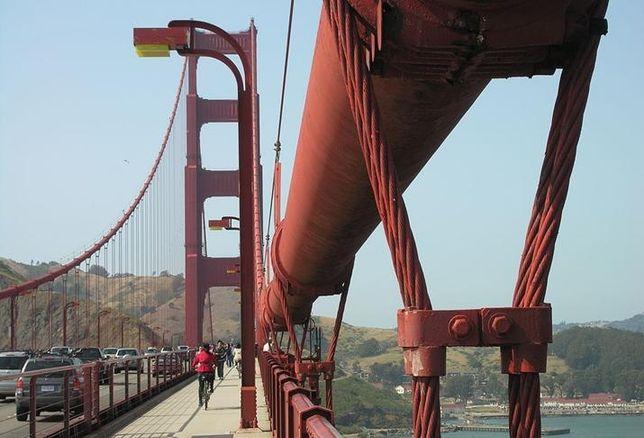 Golden Gate Bridge credit: Audriusa (released to public domain)