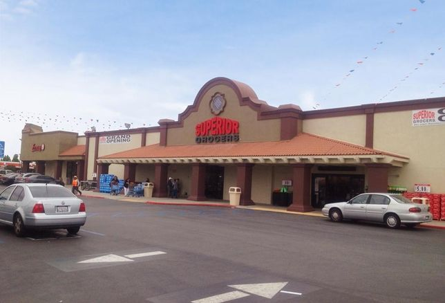 Weingarten Realty Shopping Center Achieves IREM Certified Sustainable Property Certification