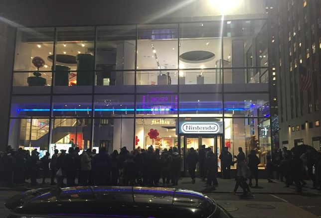 PHOTOS: New Nintendo Store Opening Causes Line Frenzy In New York
