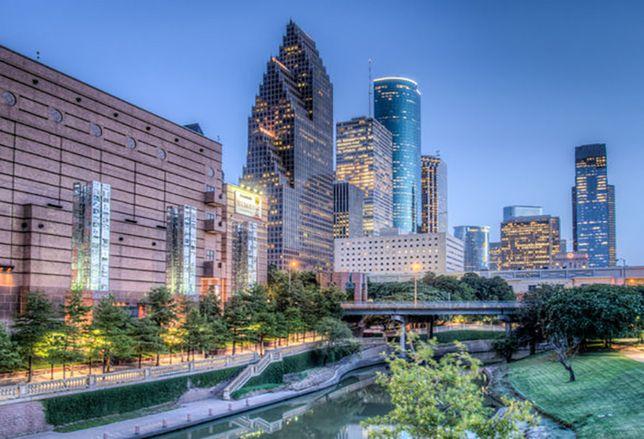 Public-Private Partnerships Help Houston Go Green