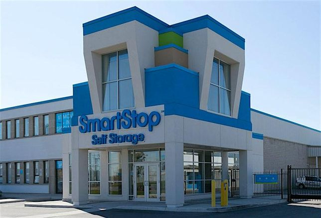 A SmartStop Self Storage location at 3136 Mavis Road in Mississauga.