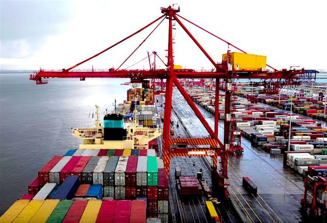 Brookfield, Qube Team Up On Bid For Australian Logistics Giant