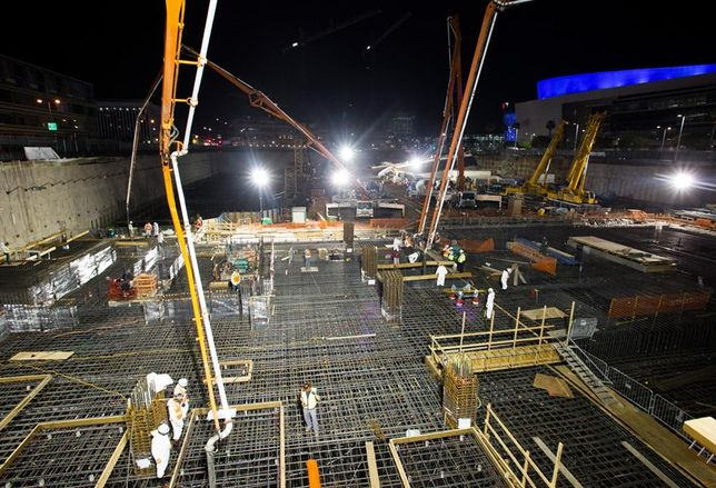 Oceanwide Plaza Hits Mat Foundation Milestone