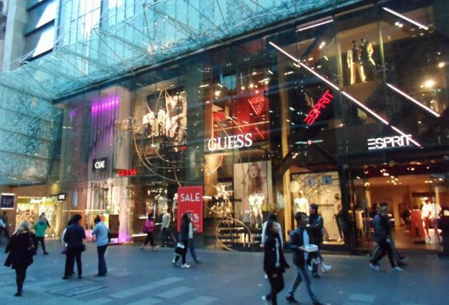 Strong Consumer Spending—But Not Much At Department Stores
