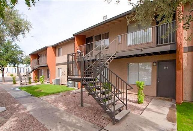 Sandal Ridge, 645 N Country Club Dr (196 units developed in 1979 on the periphery of downtown Mesa)