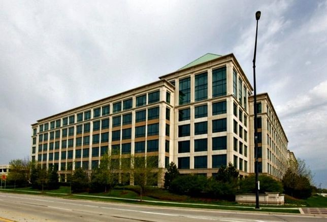 10 North Martingdale, part of the Woodfield Preserve Office Center in Schaumburg. Zeller Realty is buying the complex for $74M.