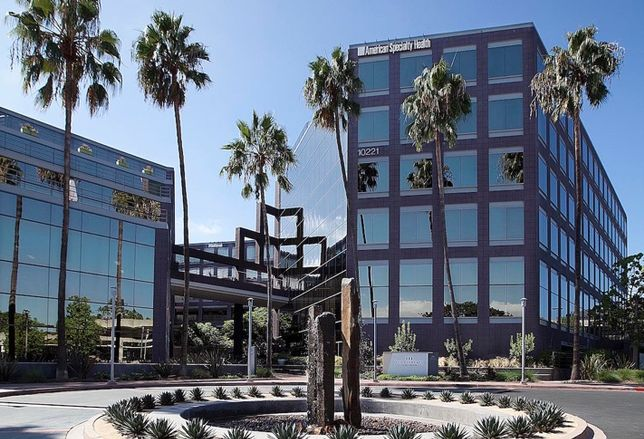 A $2.5M makeover at The Elements at Wateridge, a 279k SF office campus in Sorrento Mesa, included outdoor amenities that make the project appealing to various tenants.