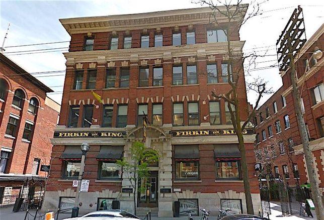 461 King St W in Toronto