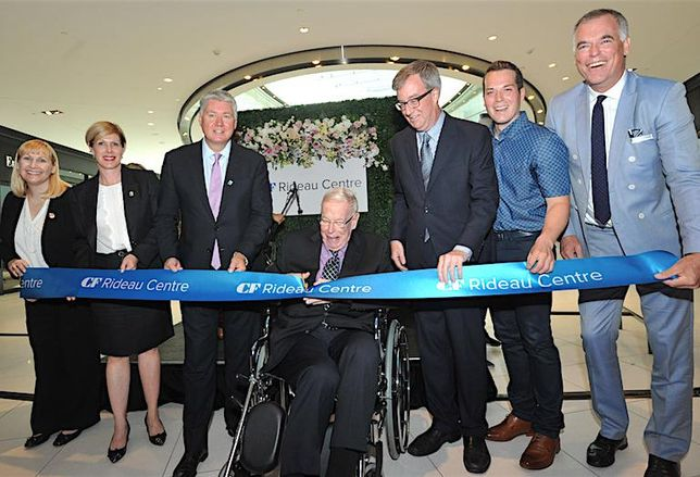 Ribbon cutting on the redevelopment of CF Rideau Centre