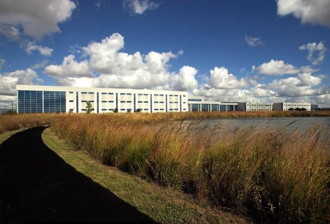 Tallgrass Corporate Center, Bolingbrook, IL