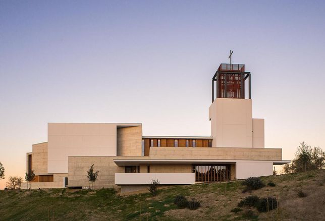 St. Thomas More Catholic Church in San Diego (Grand Orchid winner)