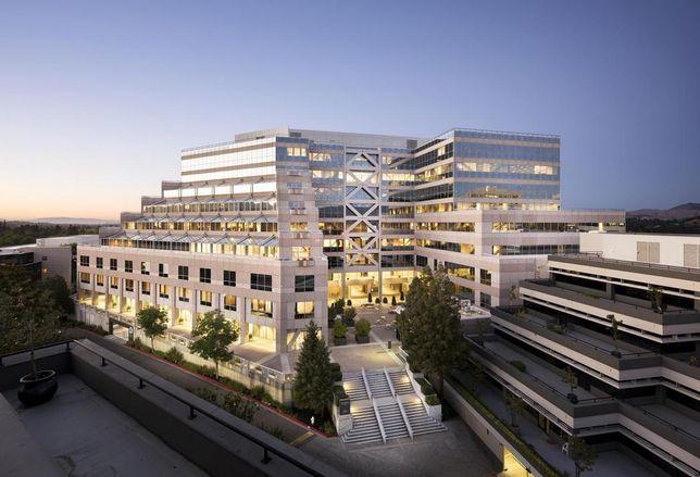 Walnut Creek's California Plaza Changes Hands