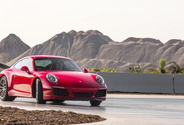 Porsche Experience Center, LA