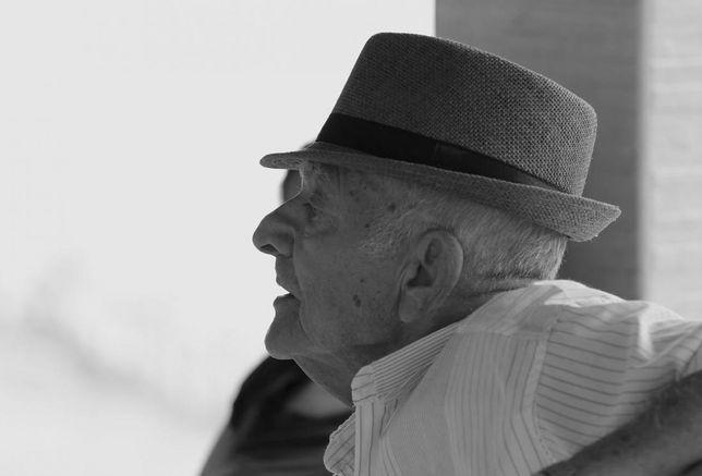seniors, senior citizens, senior housing