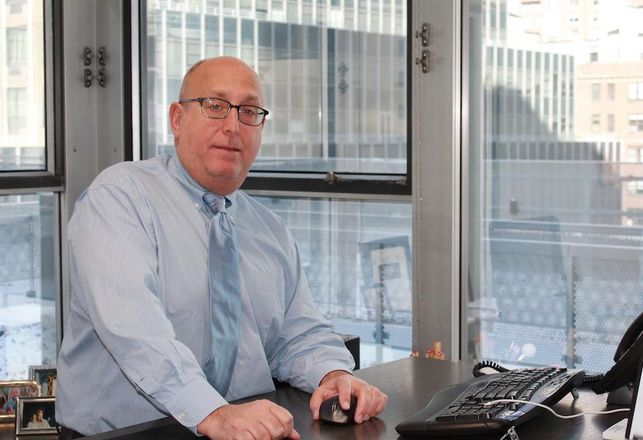 Rosenberg & Estis partner Michael Lefkowitz