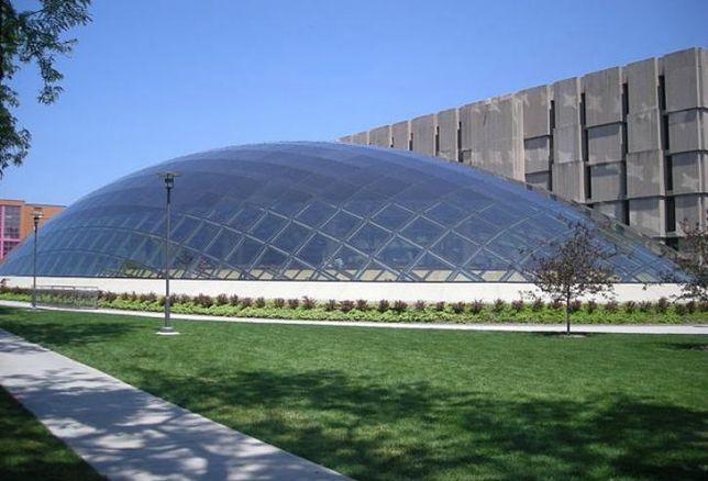 The University of Chicago's Joe and Rika Mansueto Library