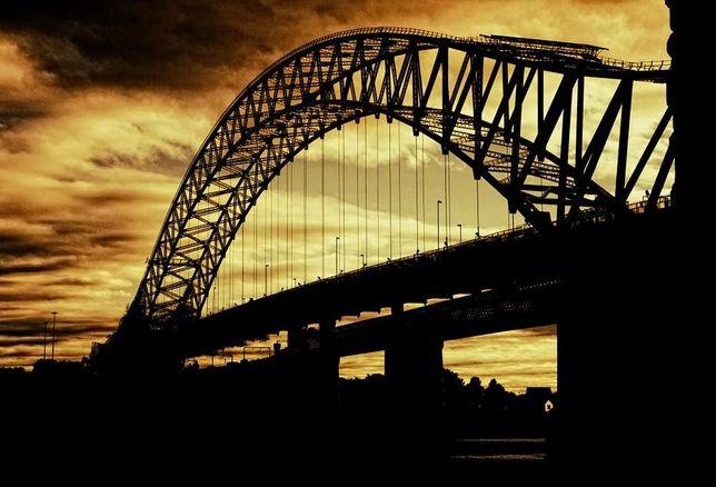 bridge, infrastructure spending