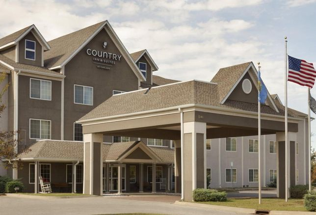 Country Inn & Suites by Carlson hotel in Norman, Okla.