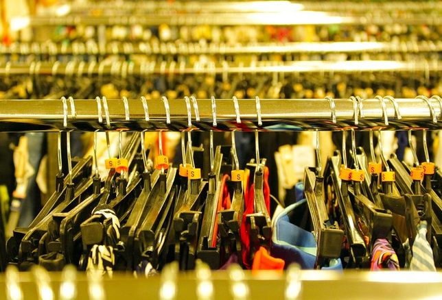 retailers, retail market, stores, malls, clothes, apparel, hangars