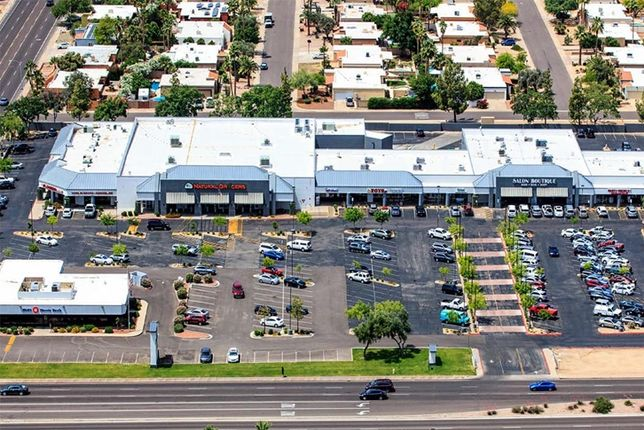 Utah Investor Snaps Up Scottsdale Grocery-Anchored Center For $31M