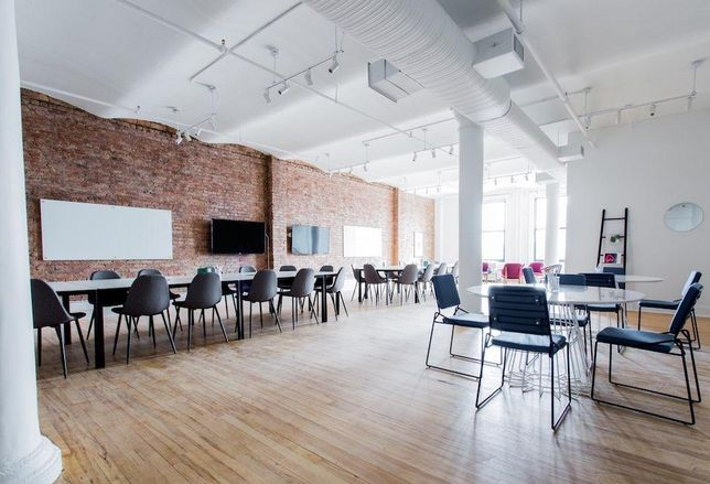 Breather's meeting space at 594 Broadway