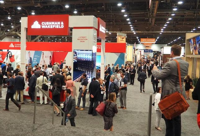 The ICSC RECOn networking floor in Las Vegas, 2016