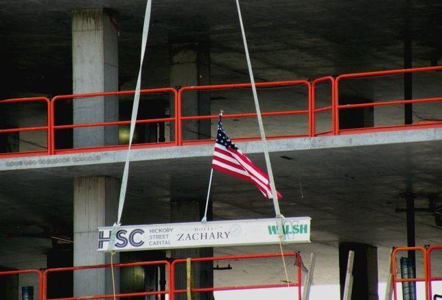 Zachary Hotel topping beam, Chicago