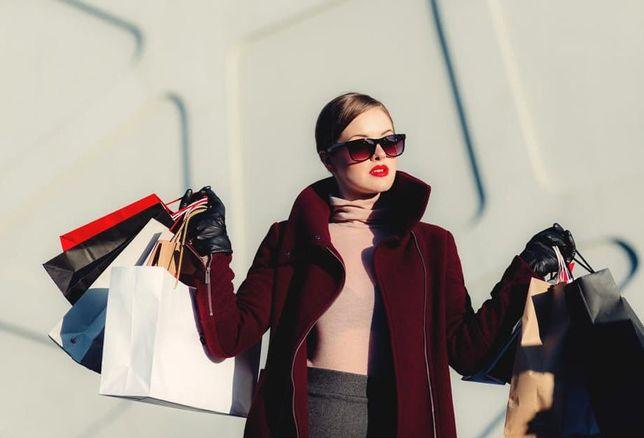 Luxury retail, luxury shopping