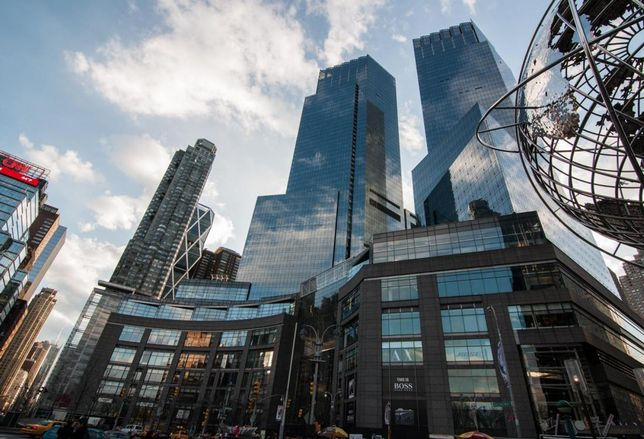 U.S. Brick-And-Mortar Retail Decline Hits New York City, As More Stores Shutter