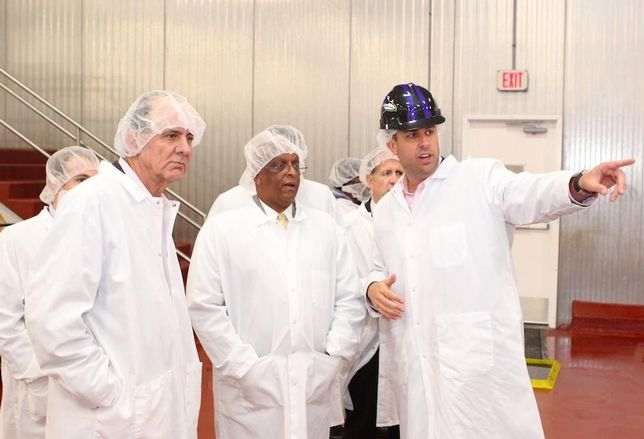 Holly Poultry Unveils New Processing Plant In West Baltimore